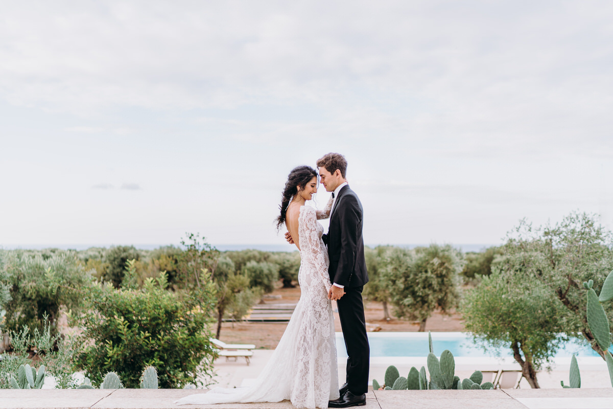 Minimalistic chic wedding in Puglia
