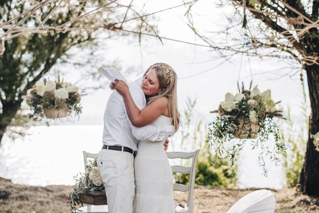 Wil jij je persoonlijke trouwgelofte schrijven, maar weet je niet hoe je aan deze klus moet beginnen? Wij helpen je op weg met deze 5 tips.